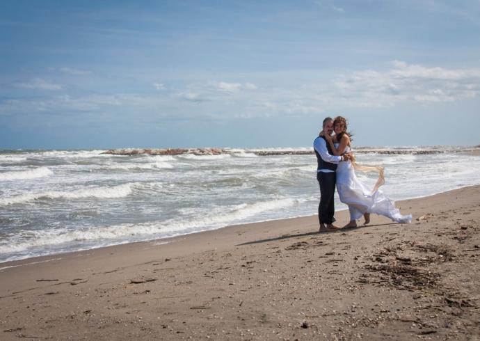 Fotografia di matrimonio sulla spiaggia nel Veneto
