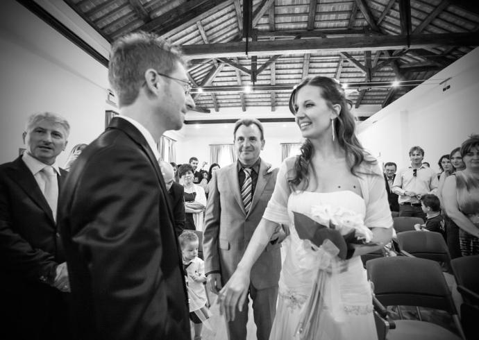 Il padre consegna la sposa
