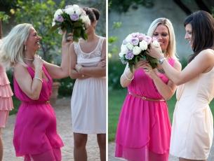 Il tradizionale momento del lancio del bouquet