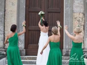 Il lancio del bouquet della sposa